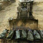 פבל וולברג - חיילים נמים בצל דחפור - 2011